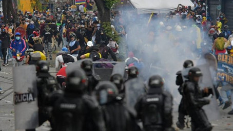 Colombia: cobarde ataque terrorista a la dignidad.