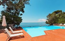 Villa Pool.webp