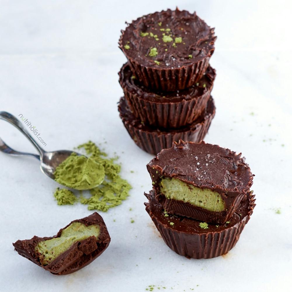 CHOCOLATE CUPS WITH MORINGA CASHEW CREAM (V,GF)