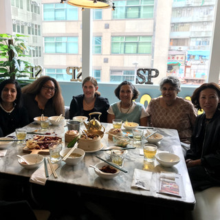 Lunch with Nina Lewis, Cultural Affairs Officer, U.S. Consulate General (27/11/17)