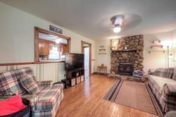 4331 Three Bridge Rd Family Room