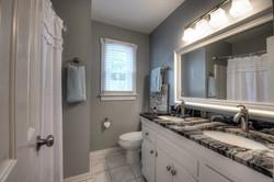 13025 Queensgate Rd Guest Full Bath