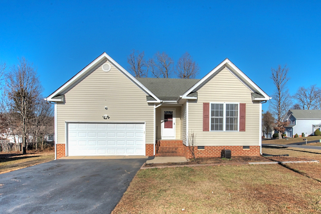 Welcome Home to 15100 Fernway Drive!