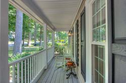 13025 Queensgate Front Porch