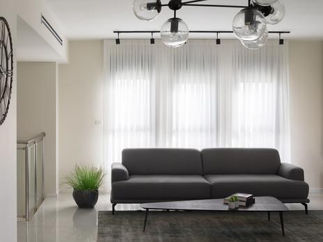 כמו בקטלוג: בית בעיצוב מינימליסטי וחם