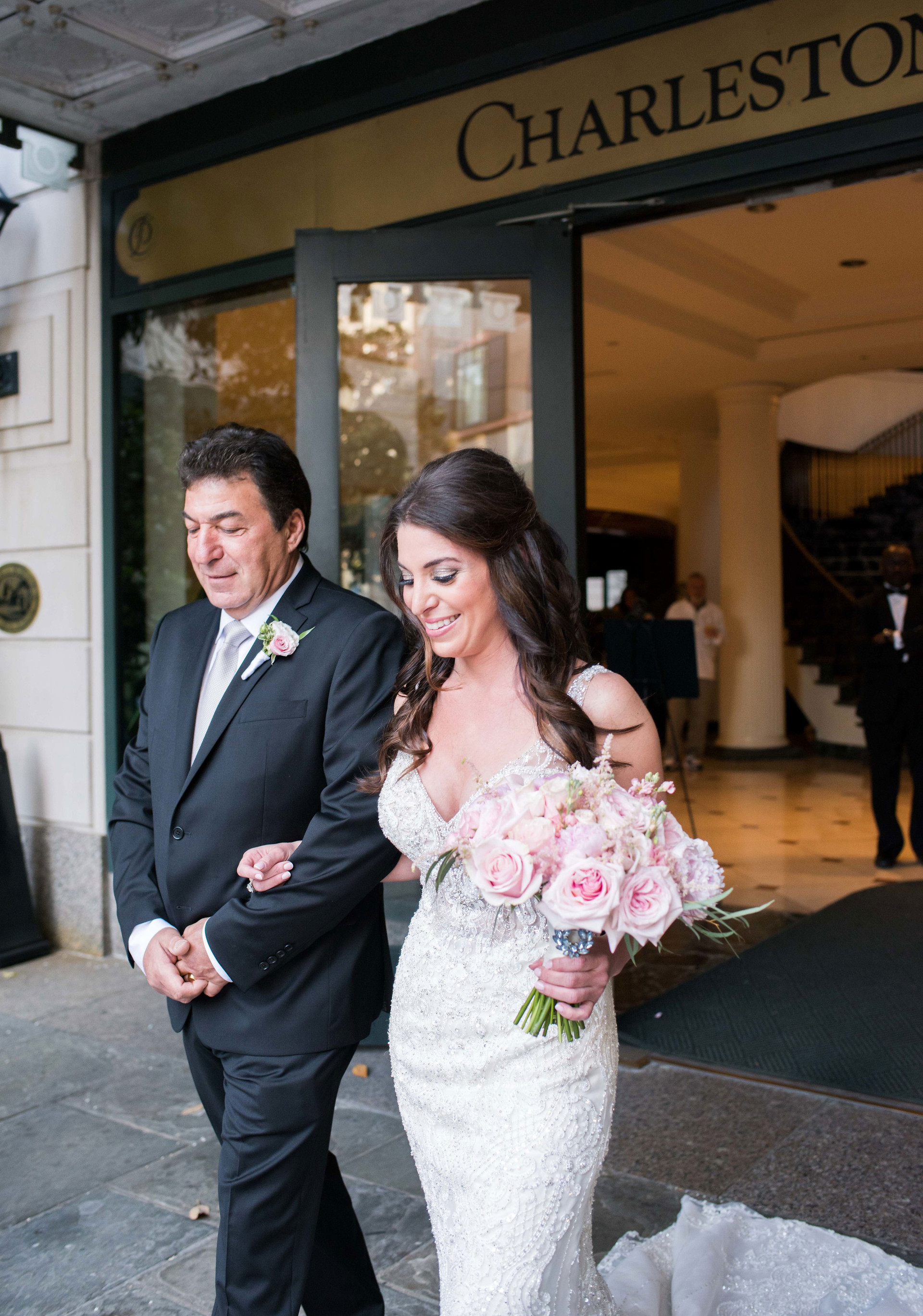 Liz&Ryan_WeddingLR(192of1373)_ForWEB.jpg