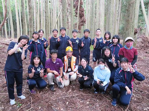 学校名:長崎県立対馬高等学校
