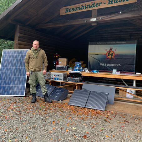 Solar im Outdoorbereich. Was benötigt man bei Wandertouren? Lohnt sich eine Powerbank?