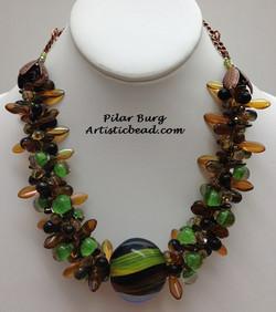 Kumi Ne amber and green Pilar Burg WM W