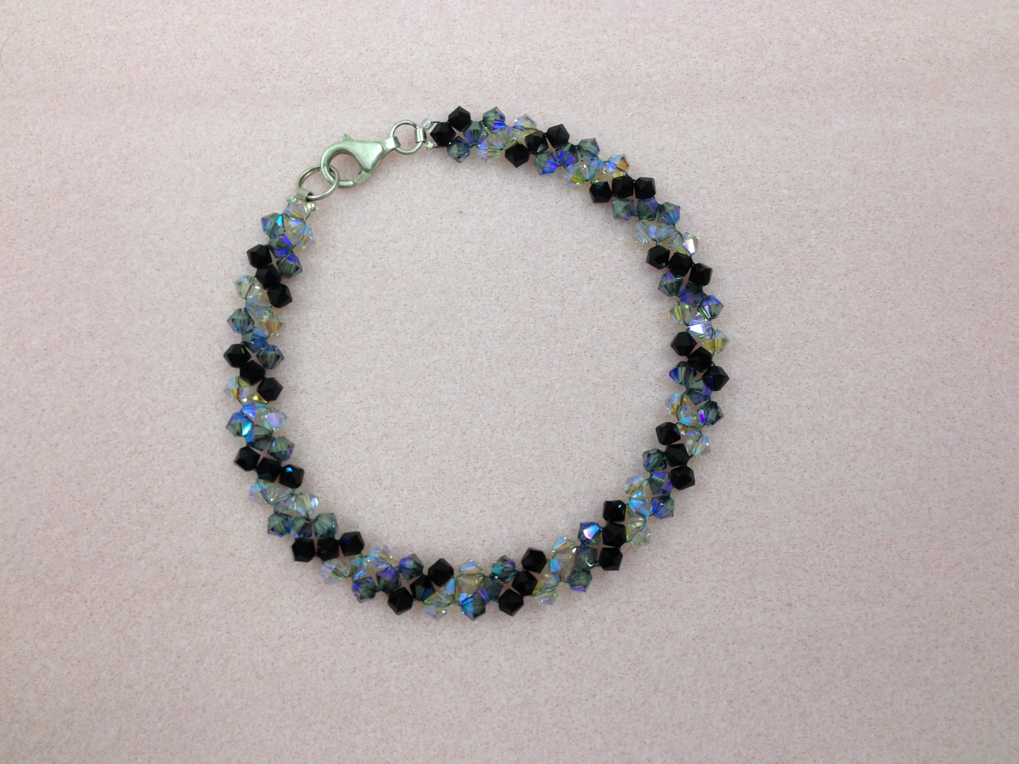 Crystal delight Bracleet blak and grey rnd