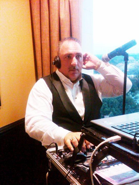 DJ Mike 008