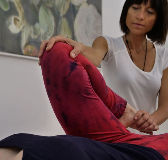 thai table massage pose