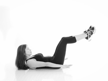 10 MINUTE WORKOUT, GET AMAZING ABS WITH 4 MOVES