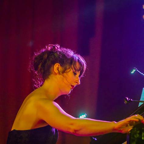 Chloe Pfeiffer - Le nuits Do