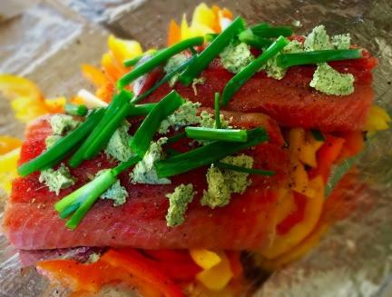 Basil Butter Salmon en Papillote