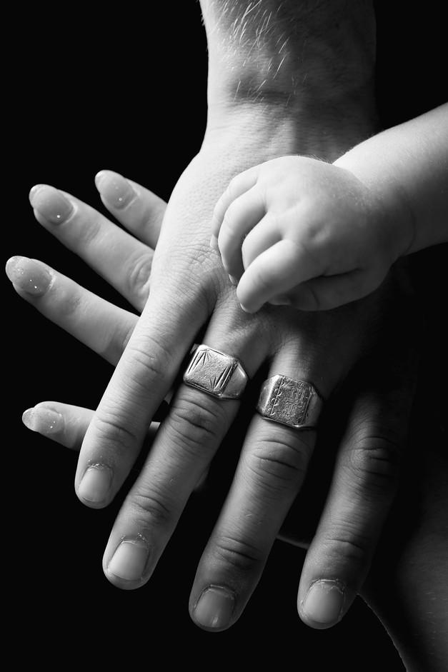 mains bebe