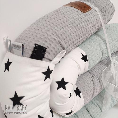 נחשוש - כוכבים גדולים לבן, פיקה מנטה ופיקה אפור בהיר