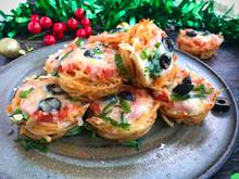Festive Spaghetti Muffins