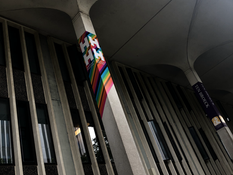 Students Move into LGBTQ Inclusive Housing on Dutch Quad