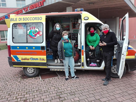 dott clown ambulanza(3).jpg