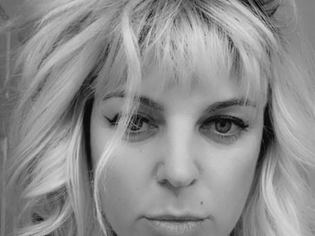 New Deal: GLORY GUITARS: Memoir of a 90s Teenage Punk Rock Grrrl by Erin K Barnes