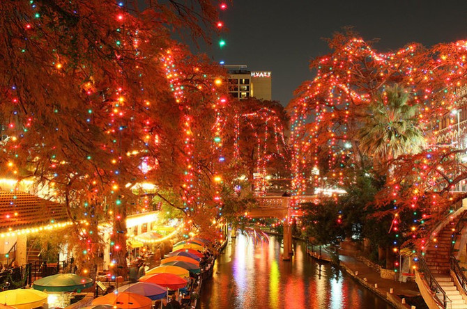 The Results are IN: Top 10 Best Christmas Lights in Texas!