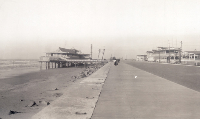 Check out this pic of Galveston in 1910