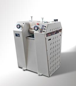 Machine 04 - 2.jpg