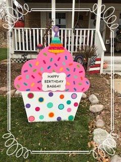 Birthday yard sign rental Milwwaukee