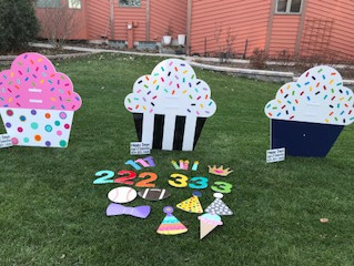 Cupcake Signs have arrived!!