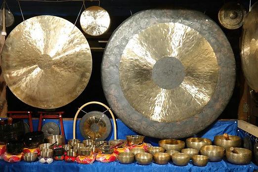gong_singing_bowls_Med.jpg