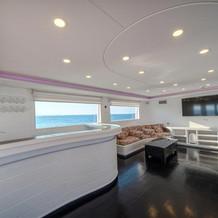 Upper-deck-01.jpg