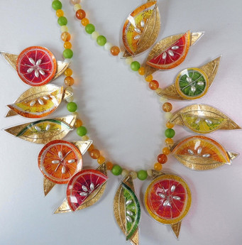 Citrus necklace. Price guide £160.