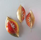 Orange earrings & brooch Price guide £49- £50