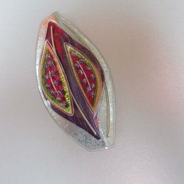 Fig brooch. price guide £52.