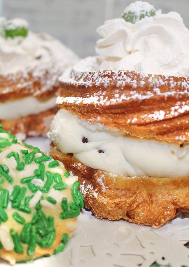 Shamrock Cookies & St. Joseph's Cakes