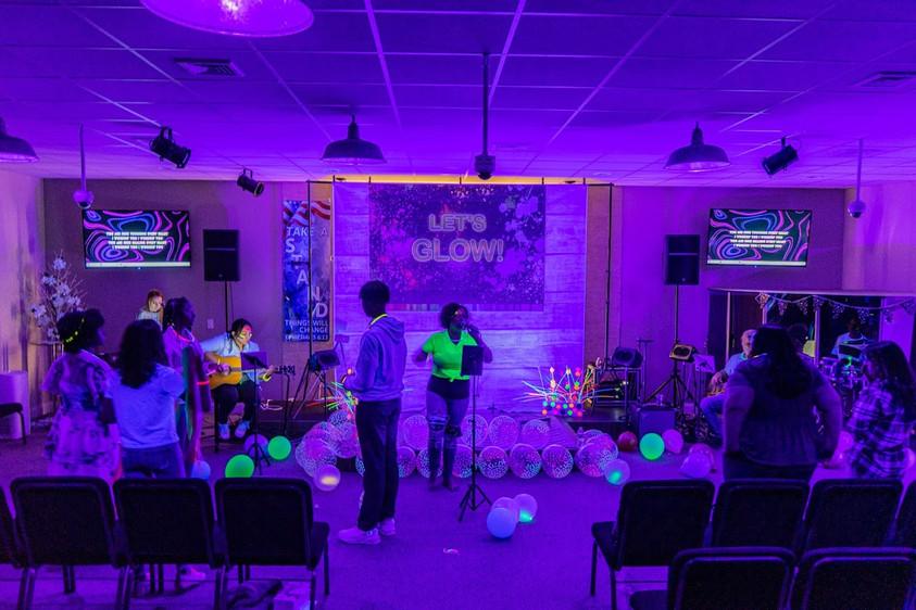 Youth Night: GLOW