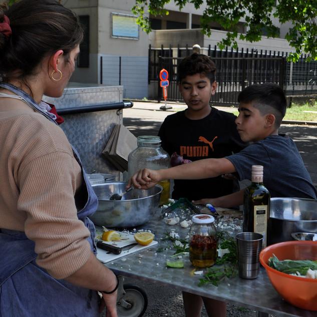 Martha T'Hooft - Cuisine Pelouse : Raconter des Salades