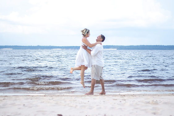 beach-elopement.jpg