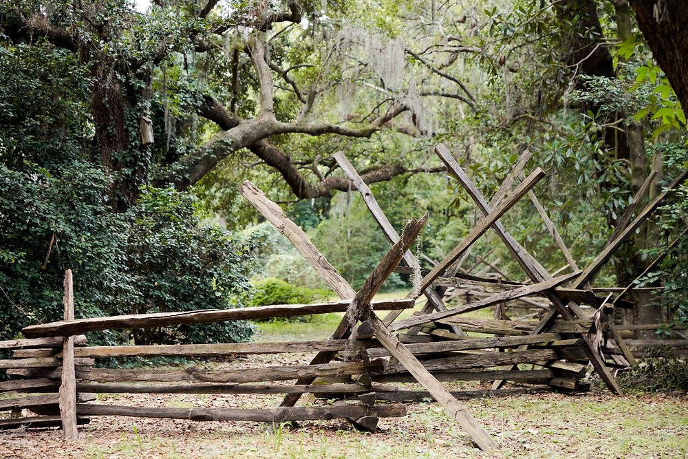 rustic fence charleston