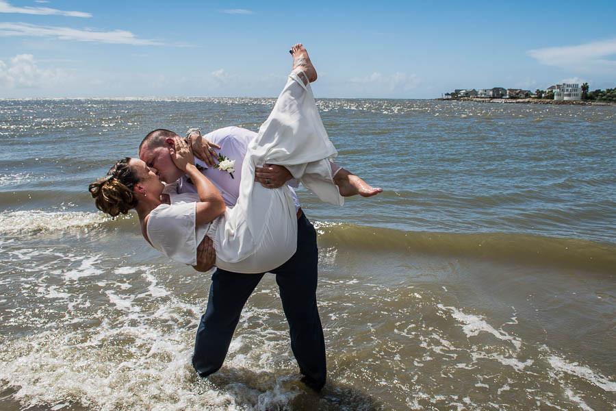 fun beach wedding photos isle of palms sc