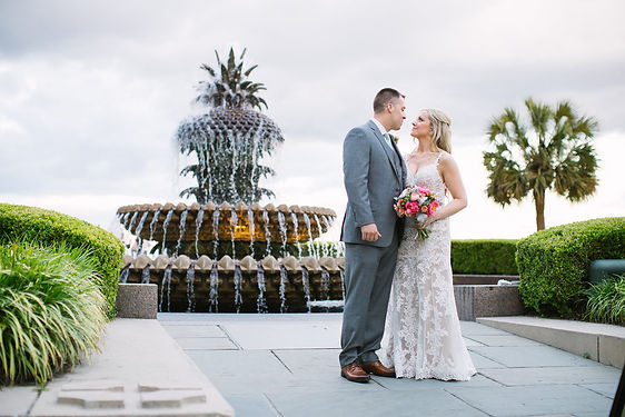 charleston+elopement-pineapple-fountain.