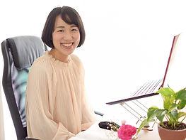 井原HPプロフィール写真.jpg