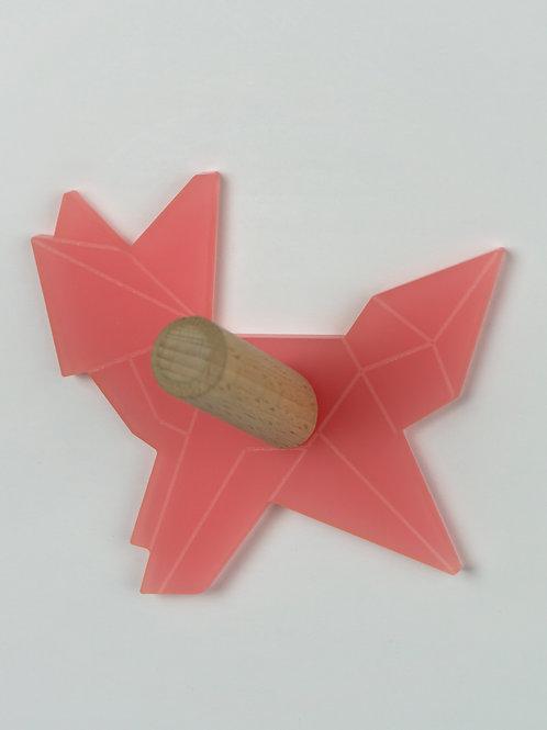 Patère munu Nancy bois et plexiglas rose chien géométrique