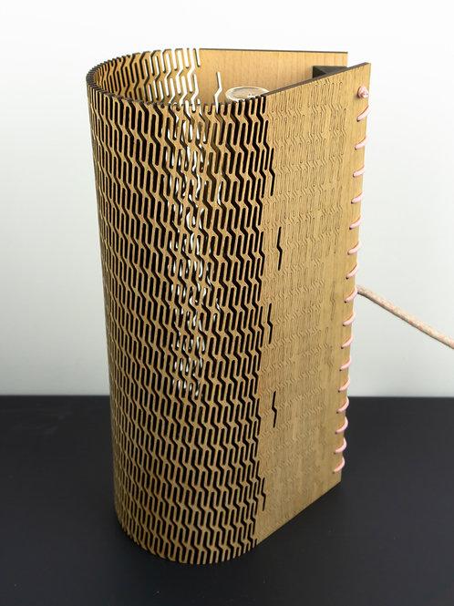 Lampe en bois fabriqué à Nancy