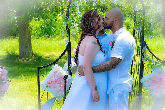 Wedding kiss picture