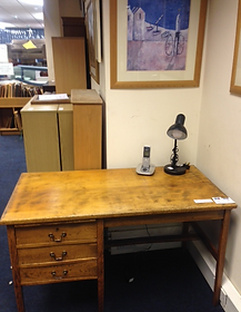 Lovely desk in CCA Silver Street