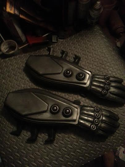 arkham origins batman shock gauntlets