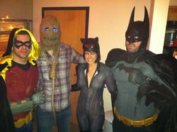robin scare catwoman batman.jpg
