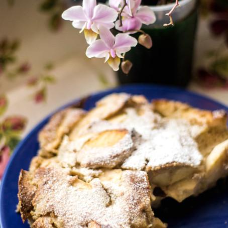 Greitas obuolių pyragas be kiaušinių, be miltų, be cukraus (nuo 2 metų)